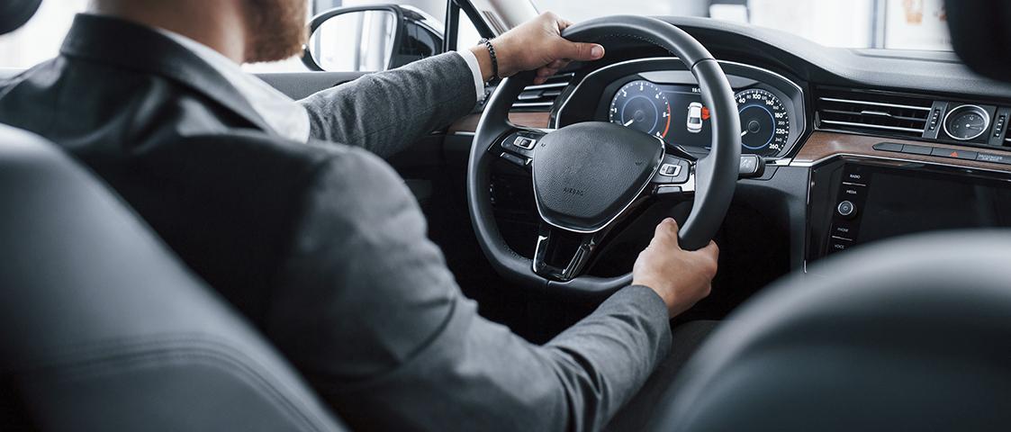 Top 7 Benefits of Self-drive Car Rental Service